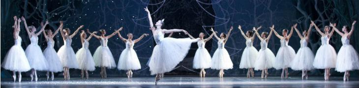 كسارة البندق في مسرح سان كارلو في نابولي: يعود سحر عيد الميلاد باليه