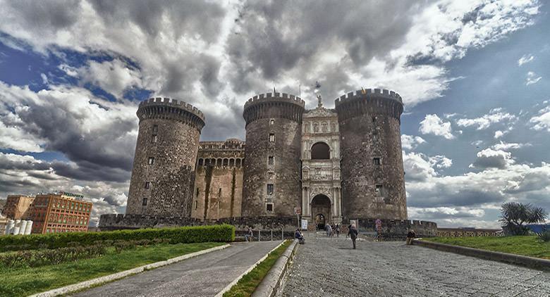 MAST Maschio Angioino Smart Tour a Napoli