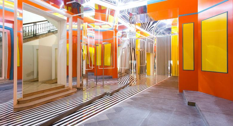 The installation of Daniel Buren at the Madre Museum in Naples
