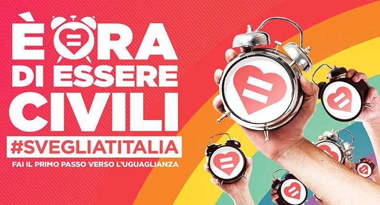 Corteo a Napoli per l'uguaglianza delle coppie omosessuali e le unioni civili