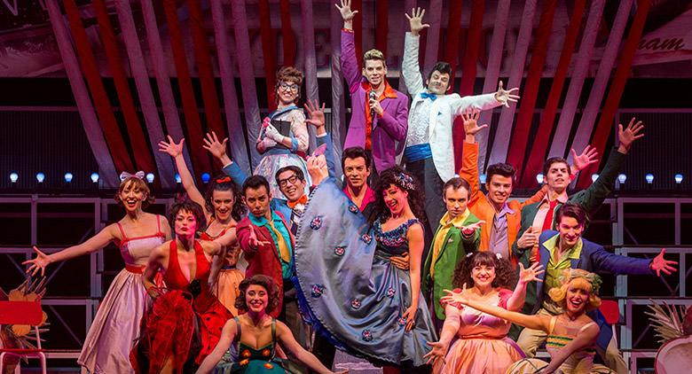 Il musical Grease al Palapartenope di Napoli