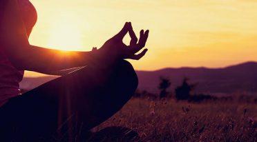 PausilYoga lezioni di yoga nel Parco del Pausilypon a Napoli