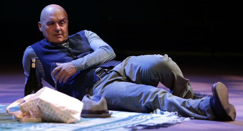Luca Zingaretti in The Pride al Teatro Bellini di Napoli
