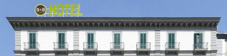 Fronte del B&B Hotel Napoli