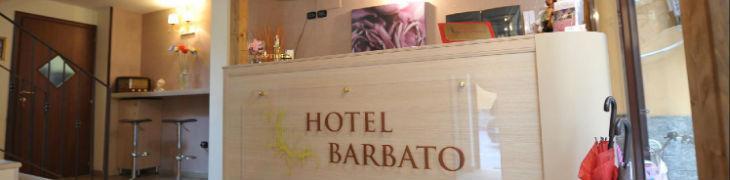 Reception dell'Hotel Barbato di Napoli