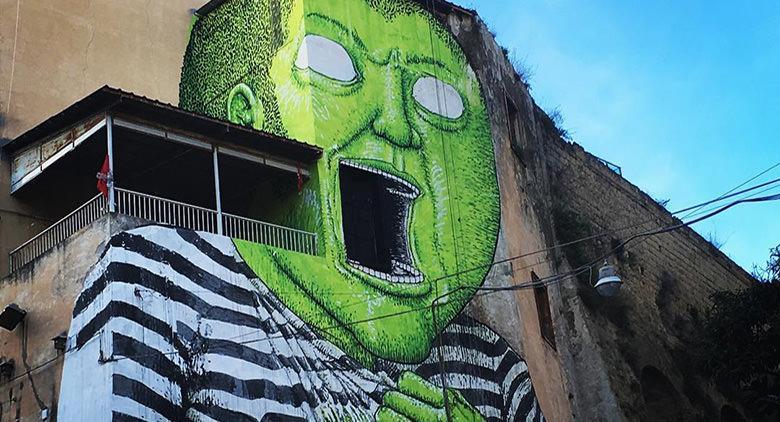 Murales a Napoli dello street artist BLU