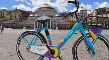 Bike Sharing in Neapel mit neuen Radstationen