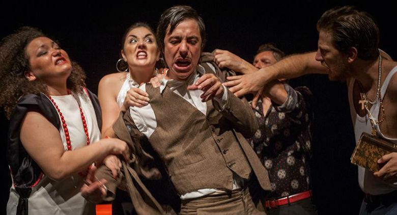 Hamlet Travestie di Punta Corsara al Teatro Bellini di Napoli