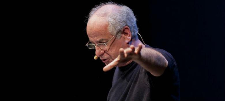Toni Servillo legge Napoli in scena al Teatro Nuovo