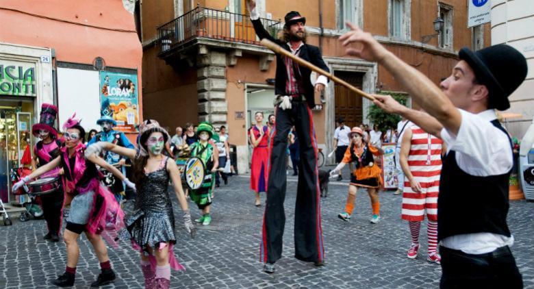 Castellarte 2016 tornano gli artisti di strada