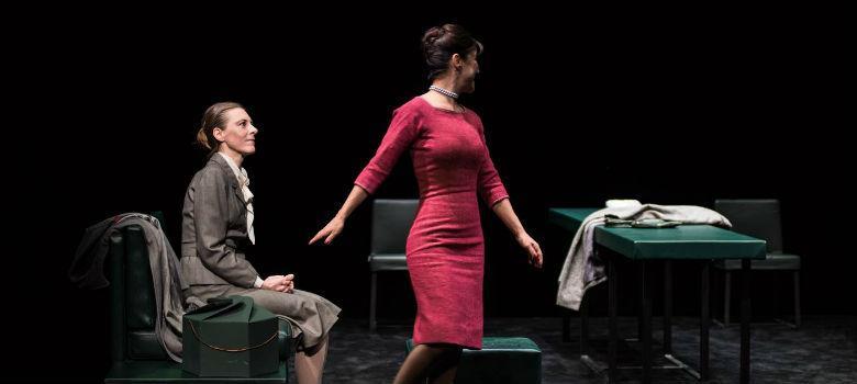 Una scena dello spettacolo Casa di bambola di Ibsen al Teatro Mercadante regia di Claudio Di Palma