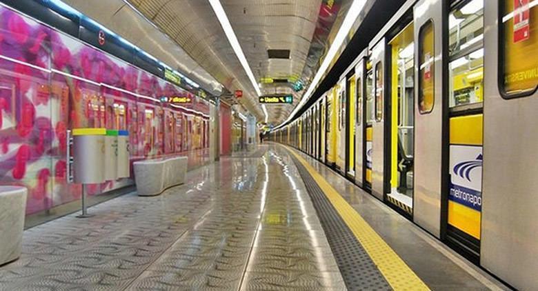 Metro linea 1 Napoli chiusura anticipata 11 aprile 2016