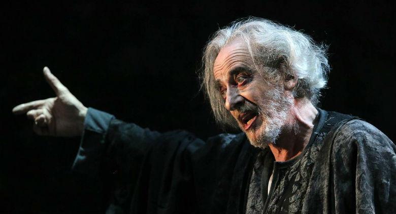 istantanea di Re Lear in scena al Teatro Stabile di Napoli