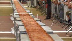 La pizza più lunga del mondo a Napoli sul Lungomare Caracciolo