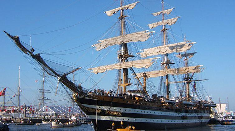 Naples Shipping Week 2016