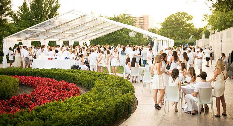 white summer party a palazzo caracciolo