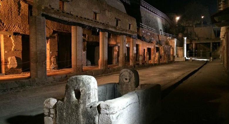 Campania by night, archeologia sotto le stelle
