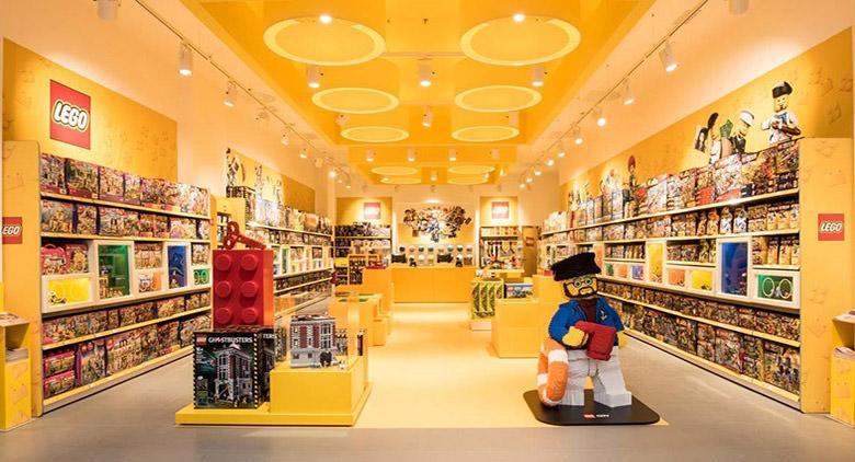 Apre il primo Lego Store in Campania