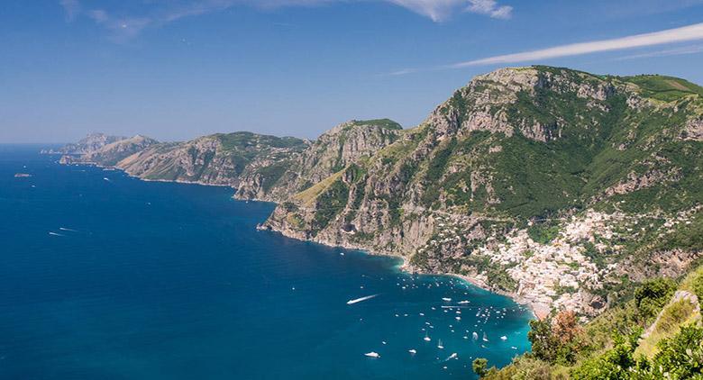 Sui Sentieri degli Dei in Costiera Amalfitana: festival di teatro e musica