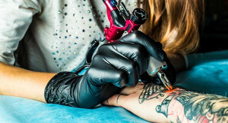 Valyum Tattoo a Napoli per i terremotati del Centro Italia