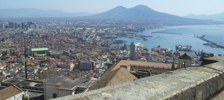 Panorama del golfo di Napoli da Castel Sant'Elmo