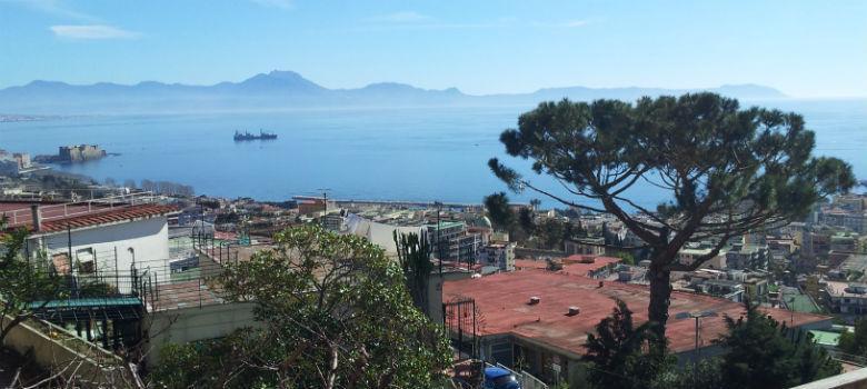 Panorama di Napoli visto da via Aniello Falcone