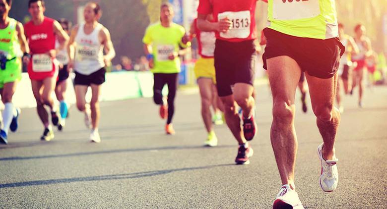 Maratona a Napoli Run with Roma 2024