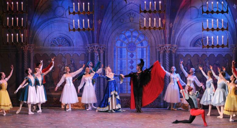 Il lago dei cigli della Ballet of Moscow in scena al Teatro Bellini di Napoli