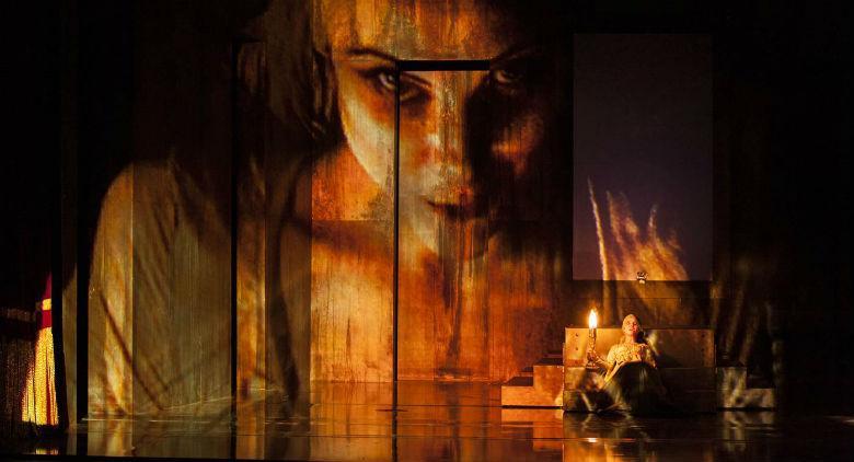 Macbeth di Shakespeare al Teatro Mercadante di Napoli, regia di Luca De Fusco