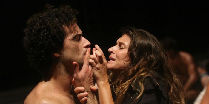 Odissea a/r di Emma Dante in scena al Teatro Bellini di Napoli