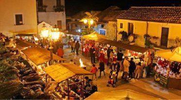 Noël au Borgo près de Santa Maria del Rifugio à Cava De 'Tirreni