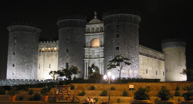 Il Maschio Angioino ricorda l'ingresso di Alfonso d'Aragona a Napoli: caccia al tesoro e rievocazioni