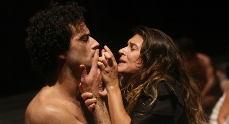 Odissea a/r in scena al Teatro Bellini di Napoli, regia di Emma Dante