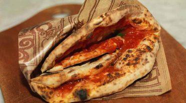 Pizze gratis a San Gregorio Armeno