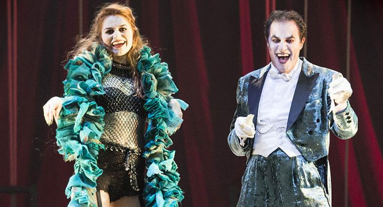 Cabaret al Teatro Augusteo di Napoli: il musical in una lettura attuale
