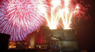 Capodanno 2017 a Napoli: concerto PIaza Pebiscito, fuochi e discoteca
