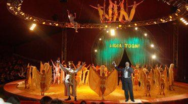 Circo Lidia Togni Montecarlo en Nápoles
