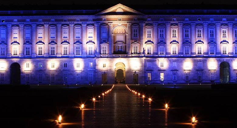 Reggia di Caserta illuminata per Natale 2016