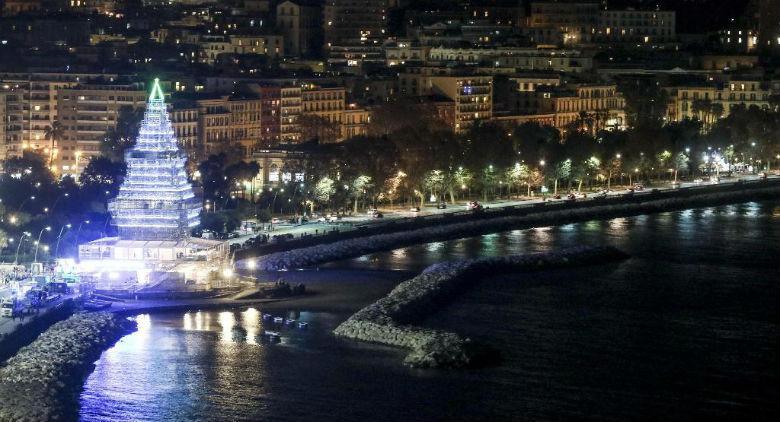Cenone di Capodanno a Napoli su Nalbero sul lungomare