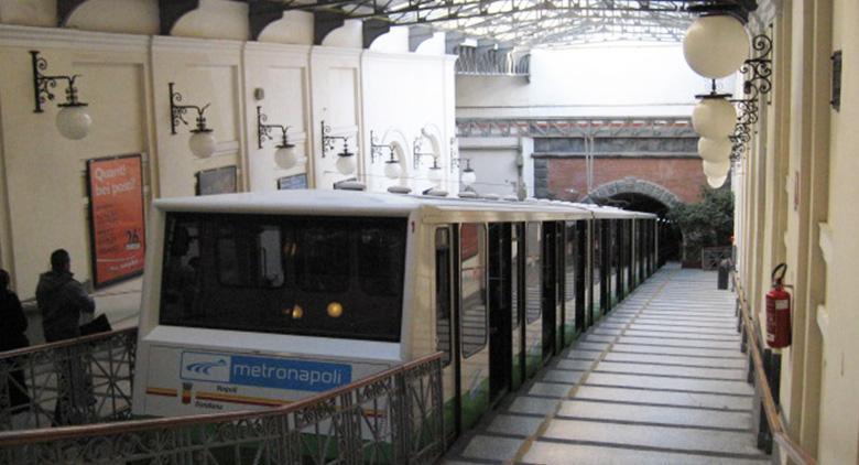 La Funicolare Centrale di Napoli riapre a luglio 2017