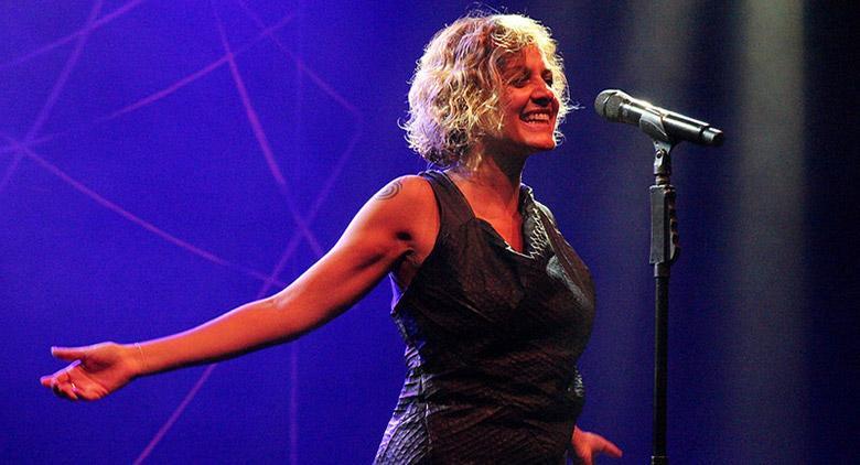 concerti gratuiti a sorrento con Irene Grandi