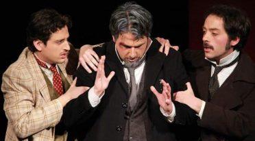 إدواردو فن الكوميديا في مسرح ZTN في نابولي