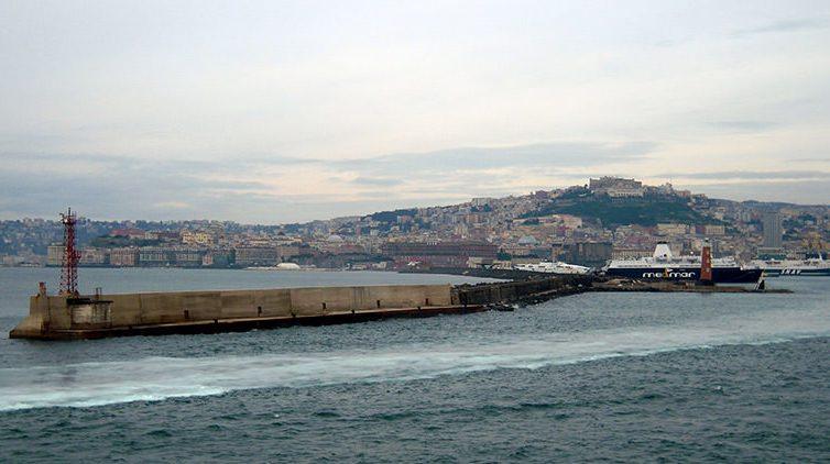 Molo San Vincenzo a Napoli