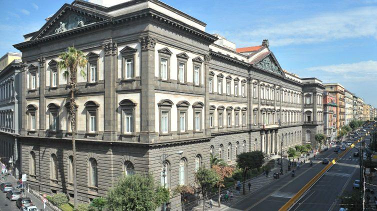 Corso di dialettologia all'Università Federico II a Napoli