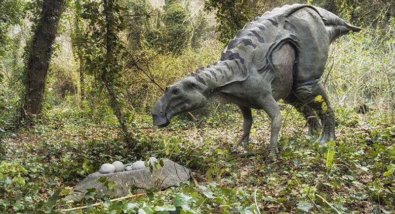 Dinosauri in Carne e Ossa in mostra a Napoli alla Riserva degli Astroni: 40 esemplari a grandezza naturale