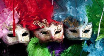 Per il Carnevale 2017 le sfilate di carri a Napoli e in Campania
