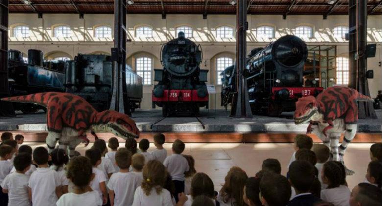 IL treno del tempo con i dinosauri al Museo di Pietrarsa