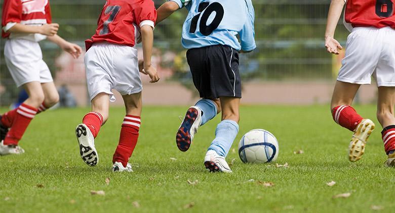 Calcetto e giochi all'Ippodromo di Agnano per la Festa del Papà 2017