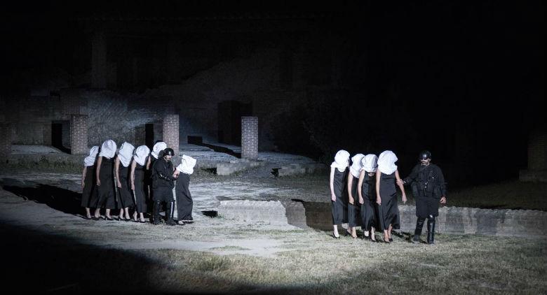 Le Troiane di Euripide al Teatro Mercadante a Napoli