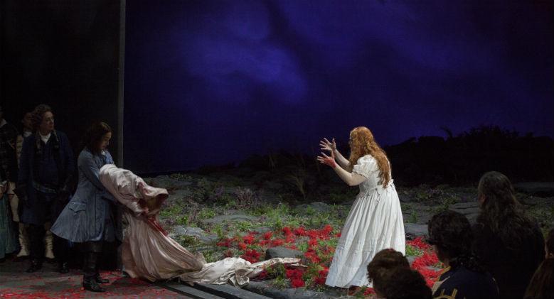 Lucia di Lammermoor di Donizetti in scena al Teatro San Carlo di Napoli